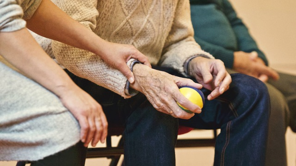 Caring for an Aging Parent When You Live Far Away
